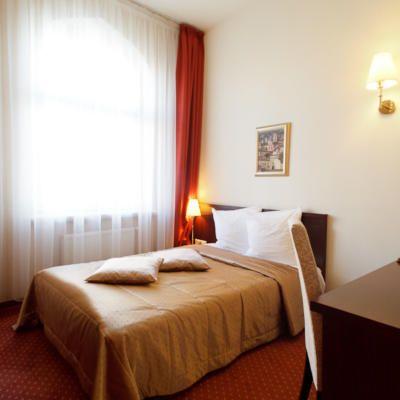 Single Room Monika Hotel